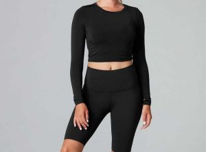Long sleeve yoga top in Ebony